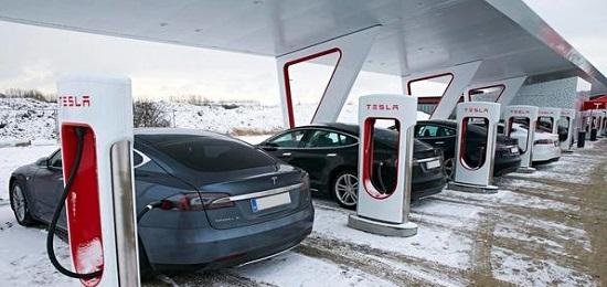 сколько заряжается электромобиль